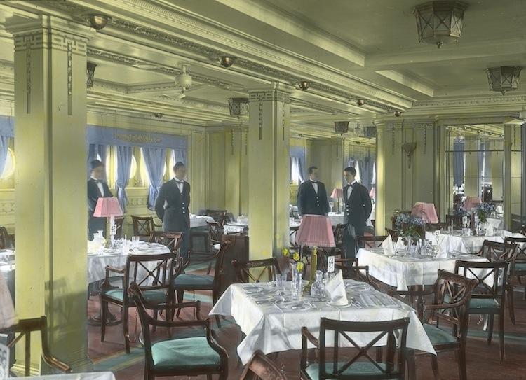 Bermuda Gl Slide Of Dining Room Luxury Liner Row